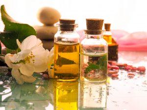 Perfumes naturales y ecológicosSus aromas provienen de la verdadera y ancestral alquimia, son fragancias naturales formuladas artesanalmente y siempre con ingredientes 100% naturales,